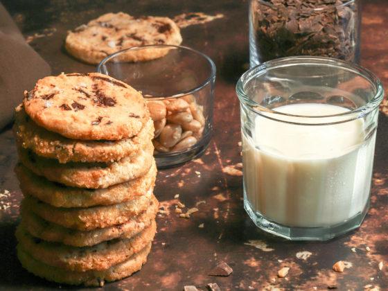 Almond Chocolate Chunk Shortbread Cookies