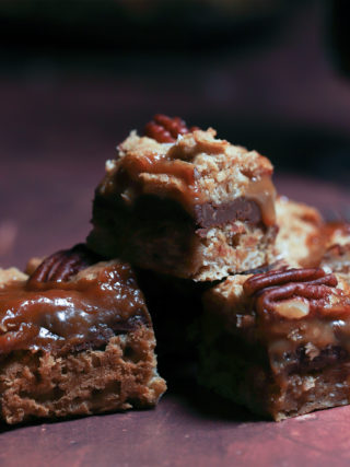 Toasted Oatmeal Pecan Bars with Chocolate and Caramel