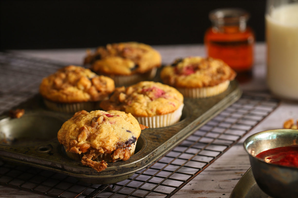Raspberry Blueberry Five Muffins in Tin