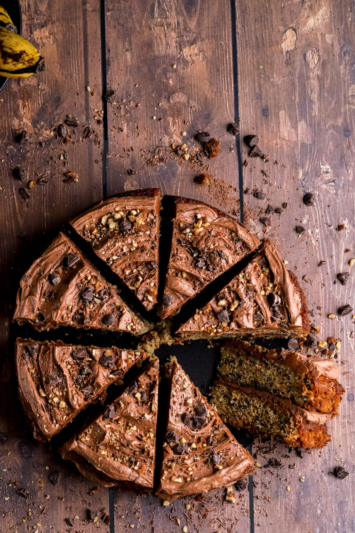 banana pecan cake with chocolate frosting