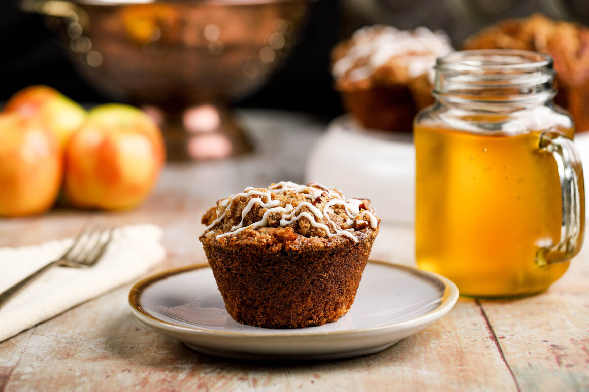 apple muffin with apple cider