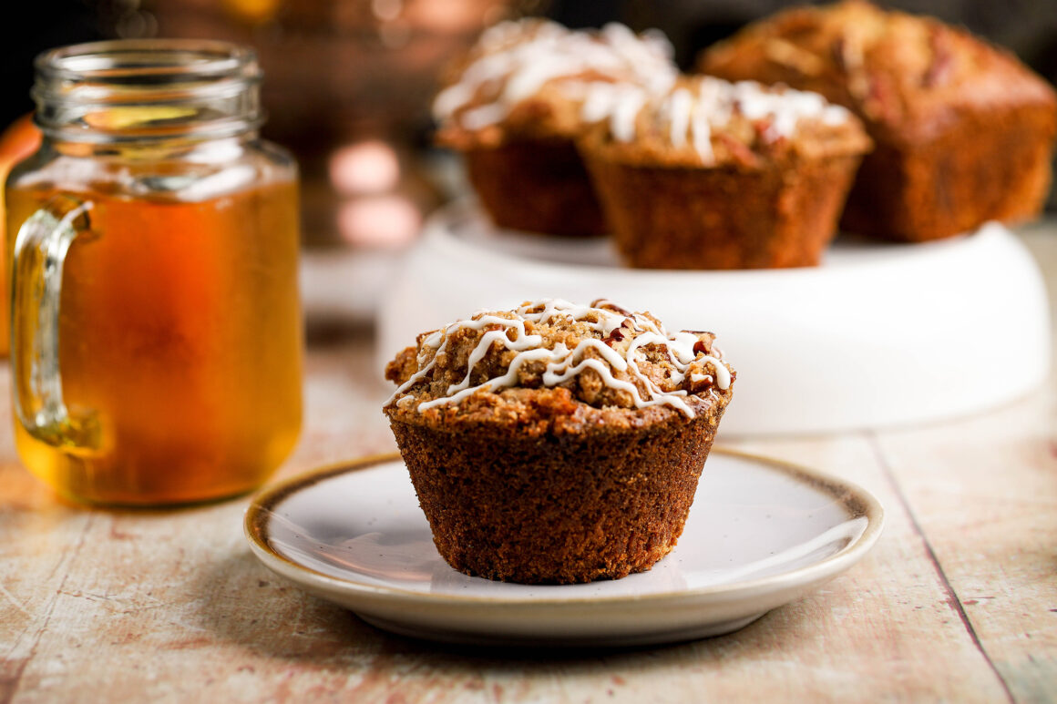 muffin with apple juice