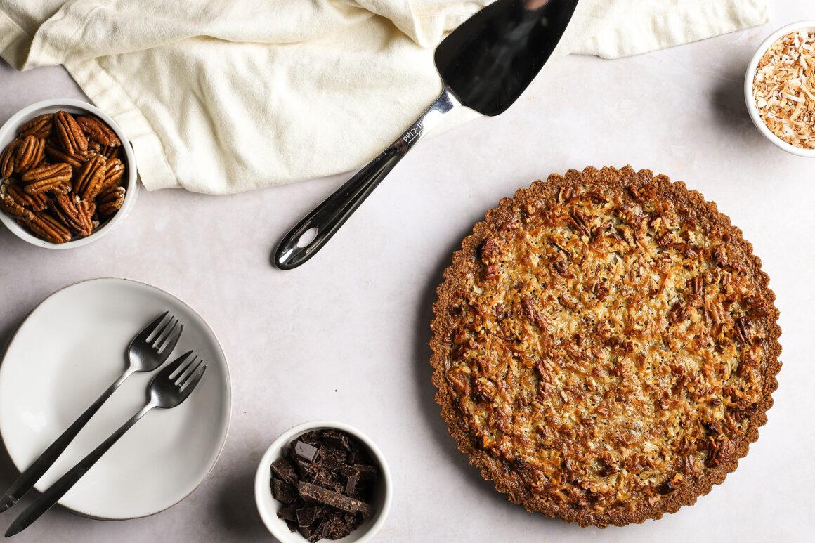 chocolate pecan tart wide