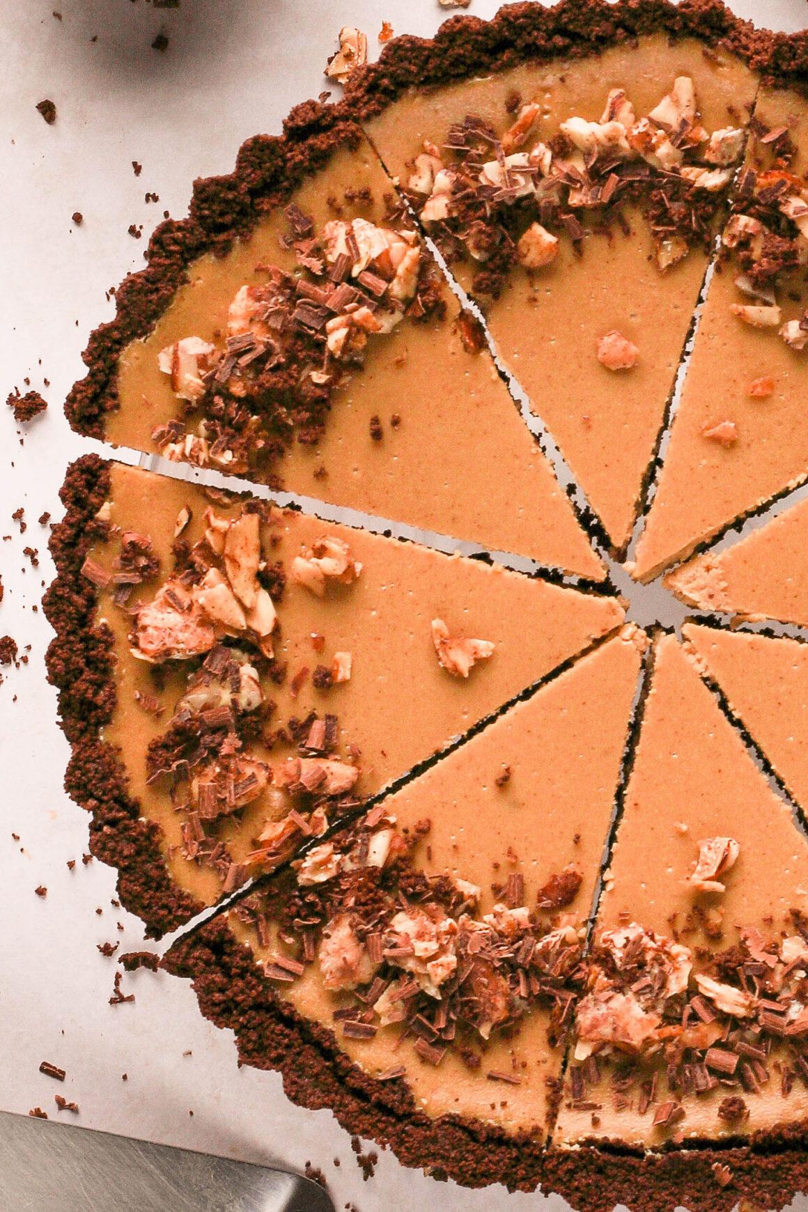 cheesecake tart with chocolate crust