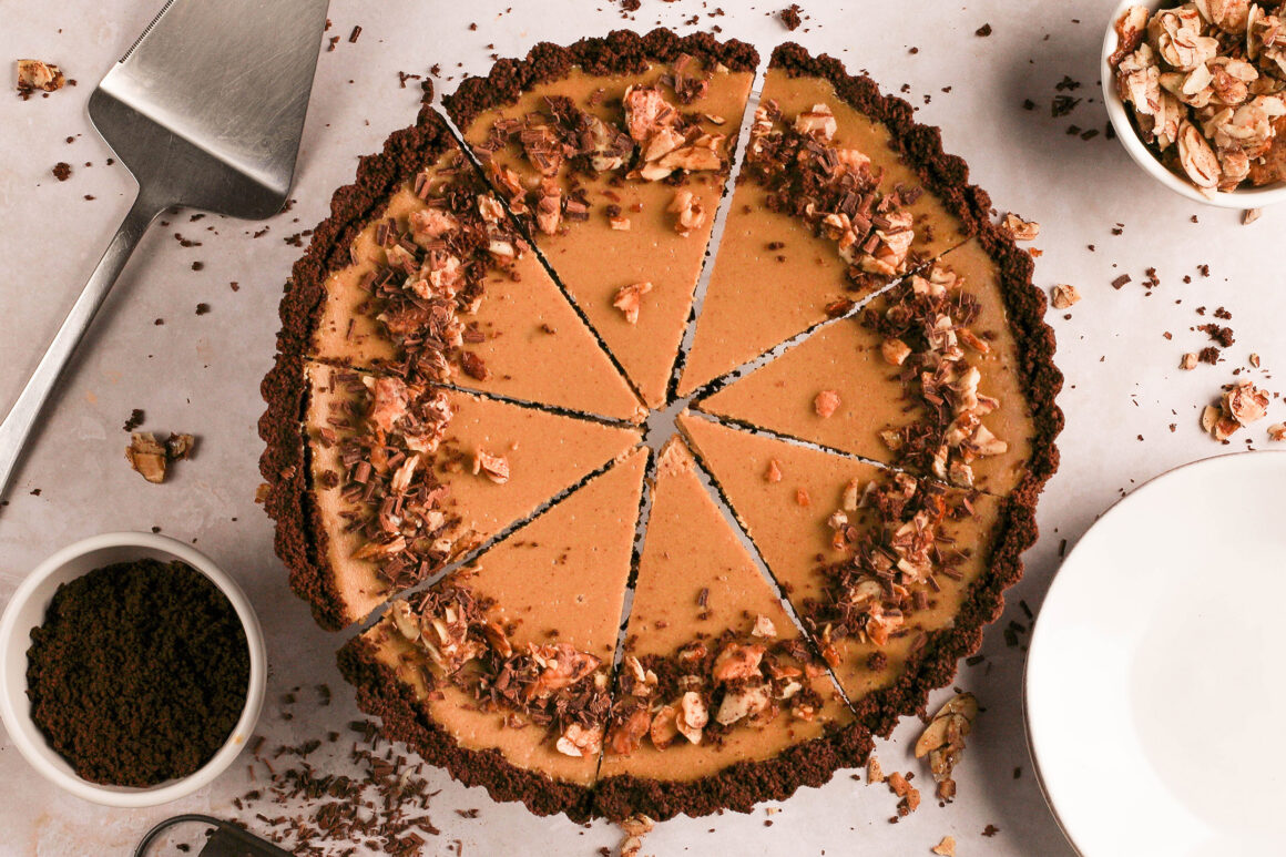 cappuccino cheesecake tart with chocolate crust