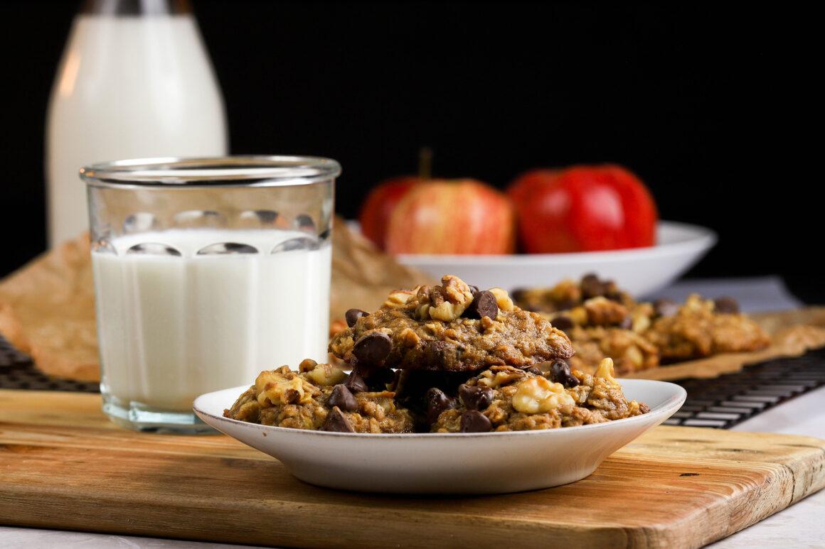 apple walnut oatmeal cookies with milk