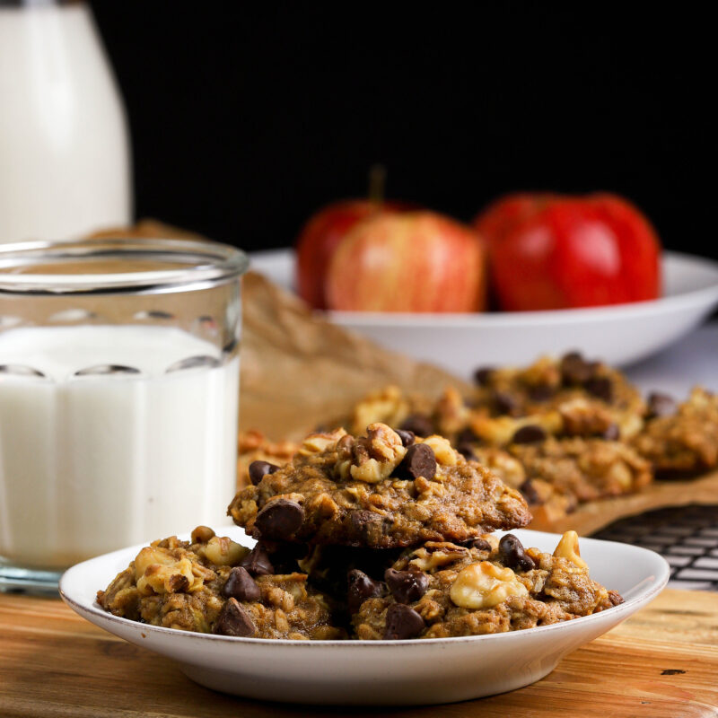 apple walnut dark chocolate oatmeal cookies