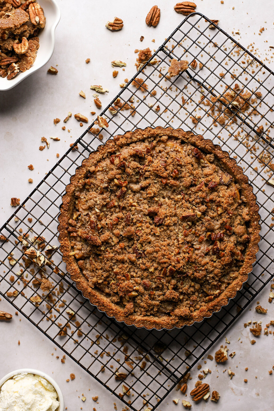 fresh apple pecan streusel tart