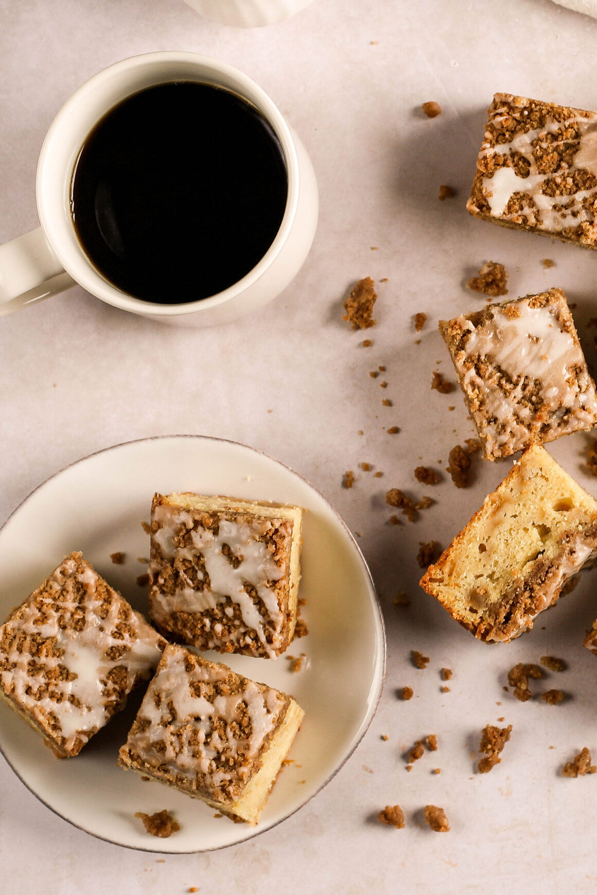 brunch coffee cake with coffee