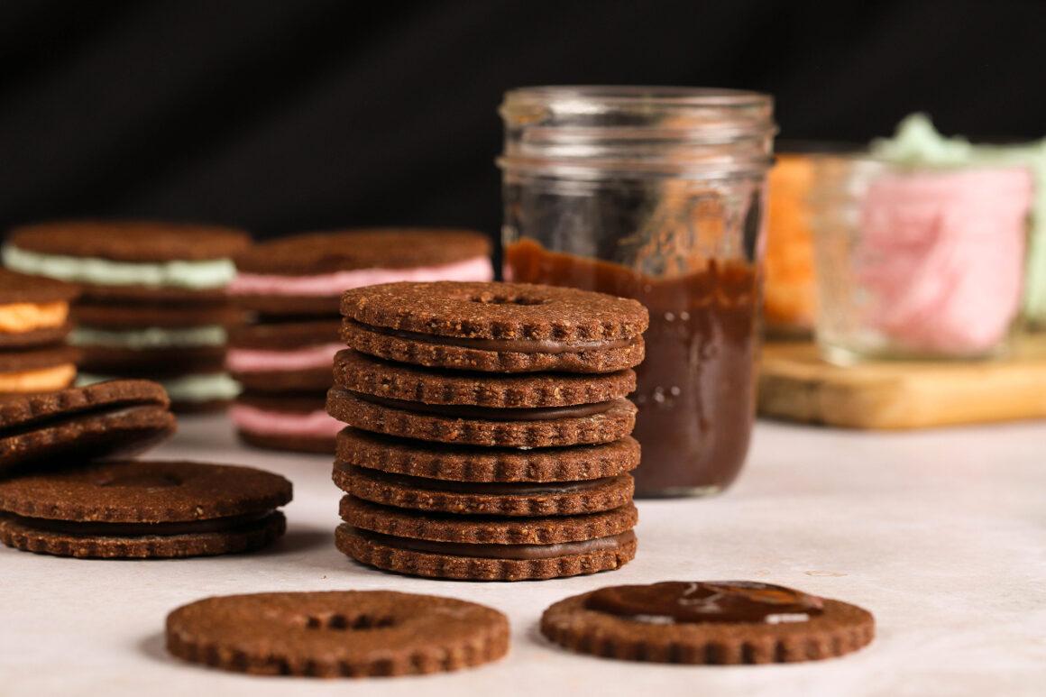 chocolate linzer cookie stacks