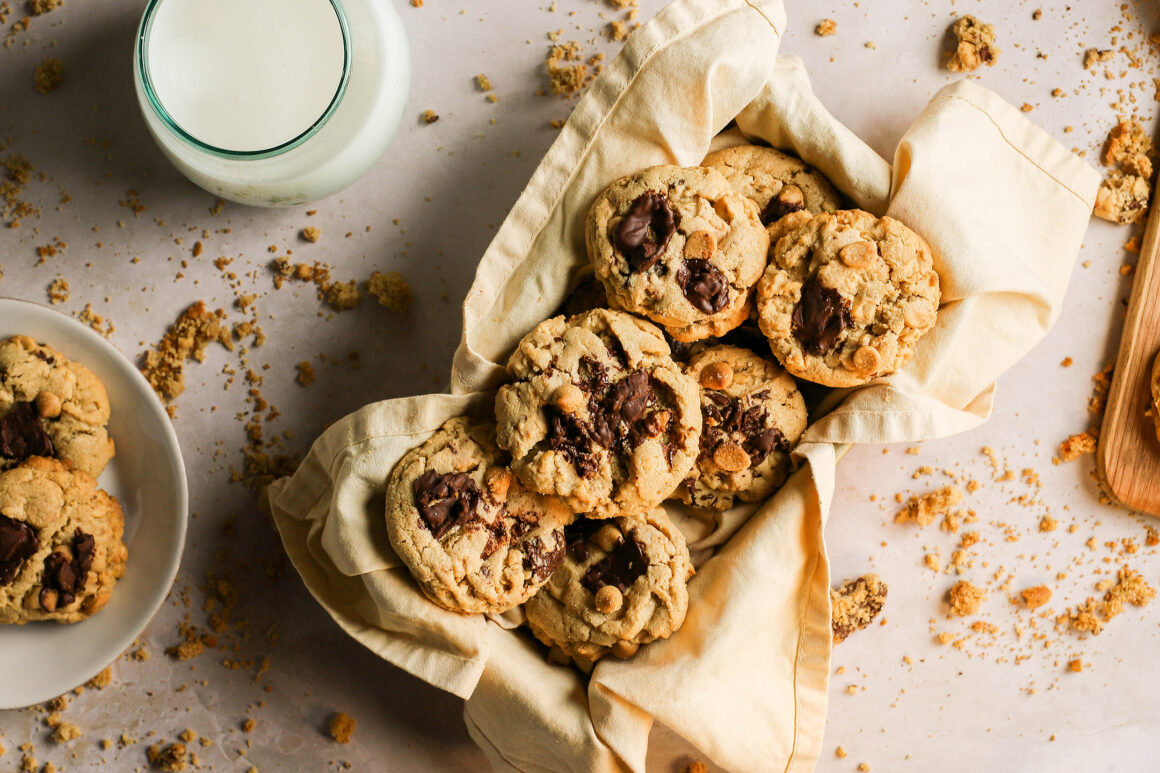 peanut butter cookies with chocolate
